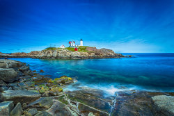 Nubble Lighthouse HDR (1 von 1).jpg