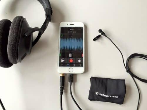 Mit dem ClipMic, der App und einem Kopfhörer, wird aus dem iPhone ein professionelles Aufnahmegerät.