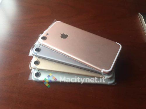Mögliche iPhones in den üblichen Farben: Space Grey, Gold, Silber und Roségold.