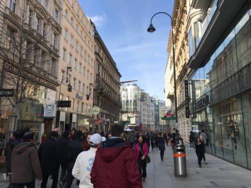 Apple Store Wien - Blick Richtung Stephansdom