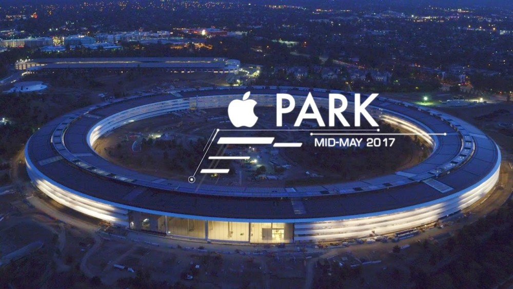 Apple Park: Überflug im Sonnenuntergang.