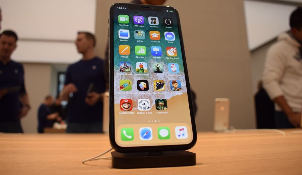 iPhone X Apple Store