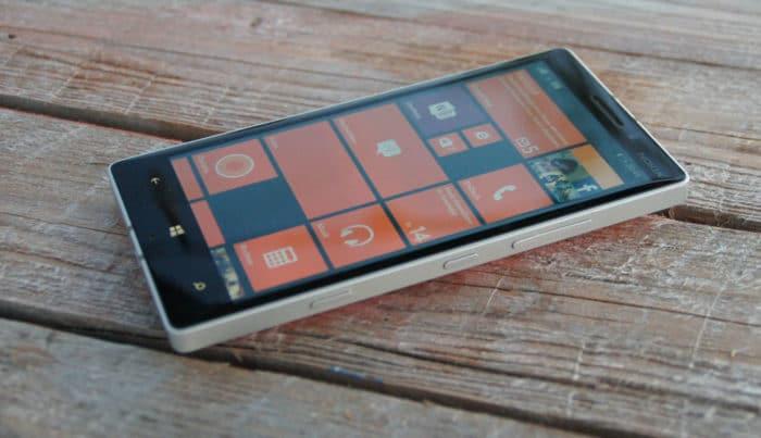Windows 10 Mobile Lumia