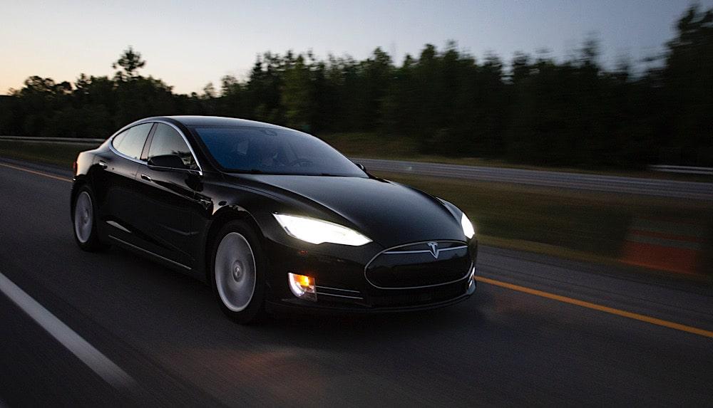 Elon Musk, Apple und Marketing
