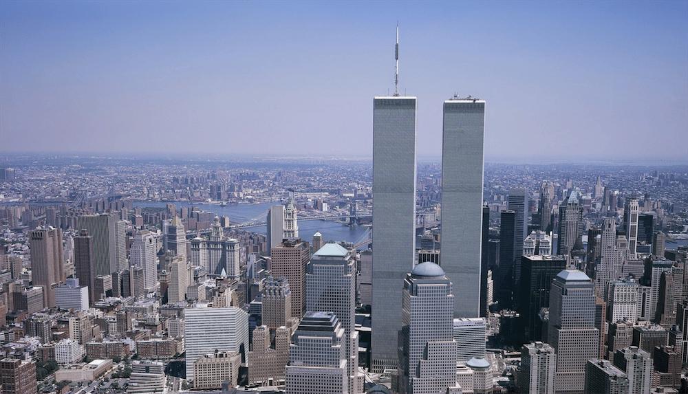 9/11 World Trade Center via https://pixabay.com/de/photos/world-trade-center-wtc-new-york-city-2699805/